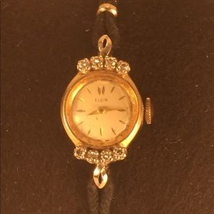 *Vintage Solid 14K Diamond Elgin Wristwatch